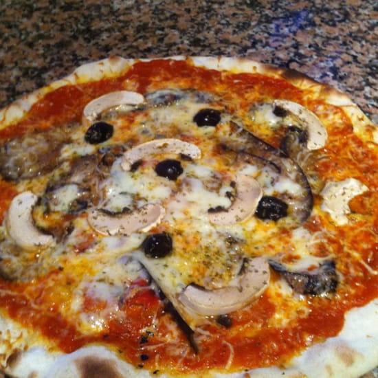 , Plat : Les Arbousiers  - Pizza !!!  -