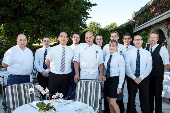 Les Fresques  - l'équipe du restaurant les fresques -   © Julie rey