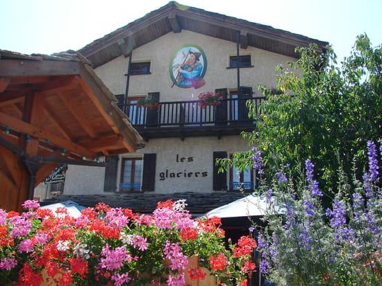 Les Glaciers, restaurant en Haute-Maurienne  - Chalet fleurie des Glaciers -   © J.Chevalier