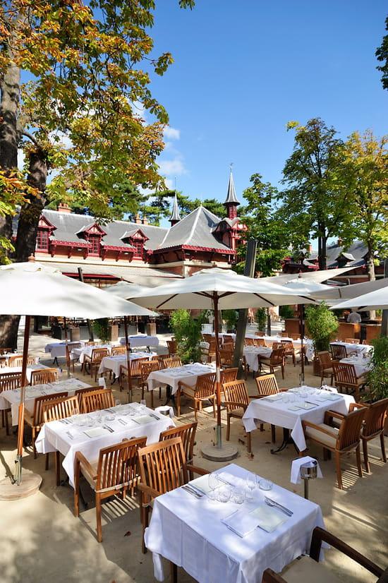Les jardins de bagatelle restaurant de cuisine traditionnelle paris avec linternaute - Jardin de bagatelle restaurant ...