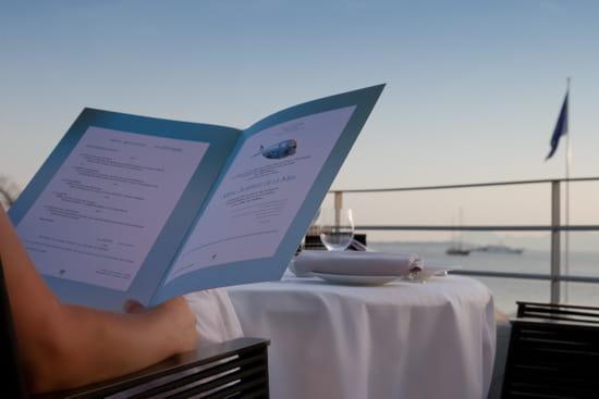Les Pêcheurs  - Les Pêcheurs -   © Cap d'Antibes Beach Hotel