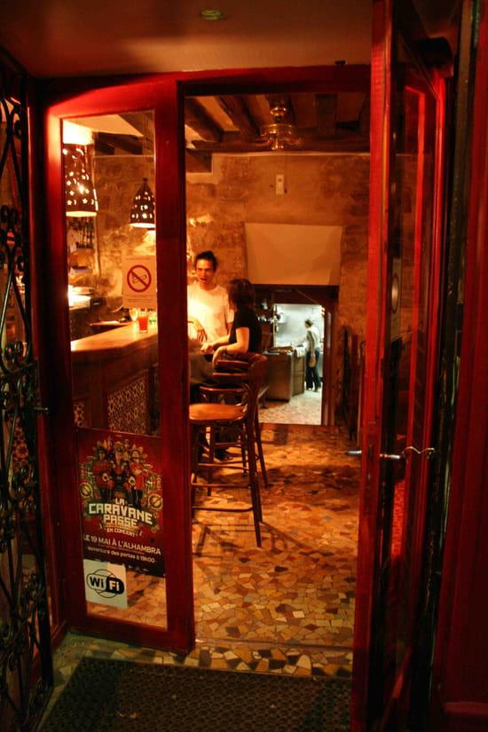 Les pieds sous la table bar paris avec linternaute - Restaurant les pieds sous la table ...
