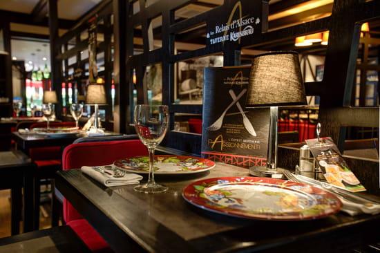 Les Relais d'Alsace - Taverne Karlsbrau - Chambray les tours