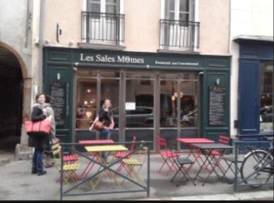 , Restaurant : Les Sales Mômes