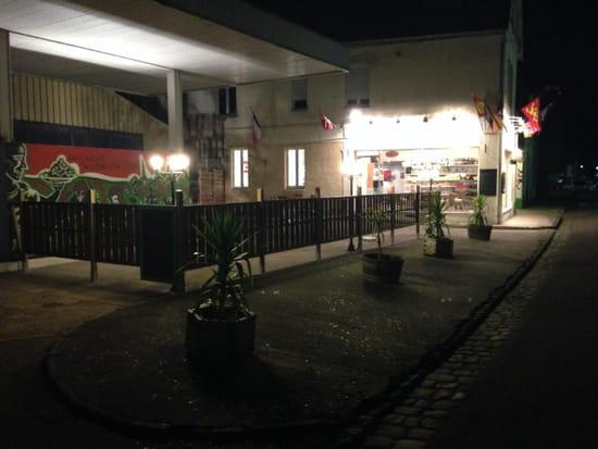 , Restaurant : Les Saveurs du Liban et de l'Orient  - La terrasse des saveurs du liban -
