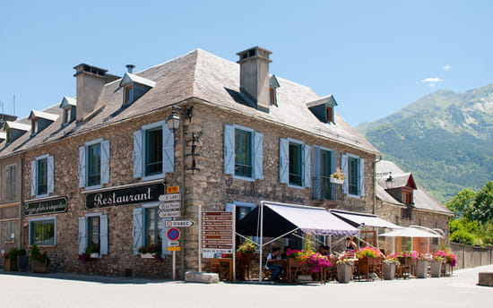 Les Tables de la Fontaine
