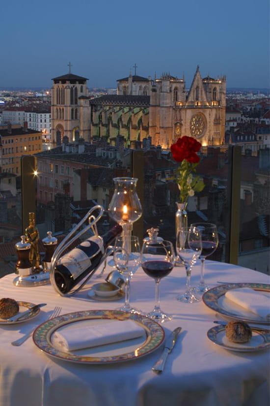 Les terrasses de lyon restaurant gastronomique lyon for Restaurant terrasse lyon