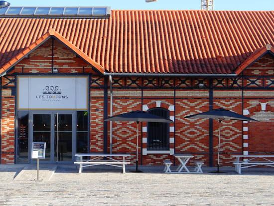 Les Tontons Restaurant