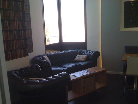 Midi  - coin lounge -   © midi