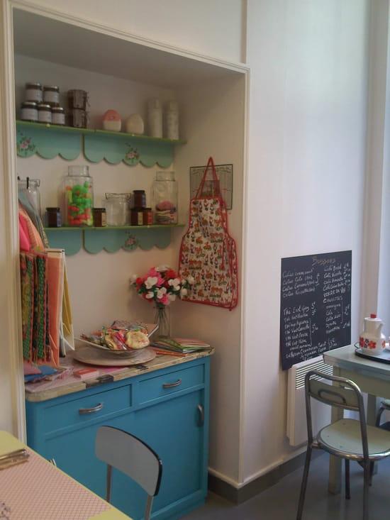 Milk-Mum In her Little Kitchen