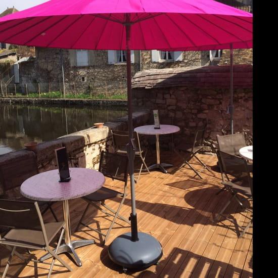 , Restaurant : Nature' L  - Terrasse au bord de l'eau  -