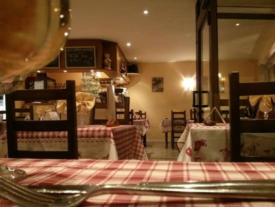 , Restaurant : O Fil de l'Eau  - Intérieur -