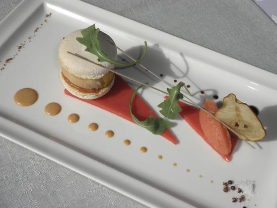 Ô saveurs  - macaron foie gras pain d'épice -