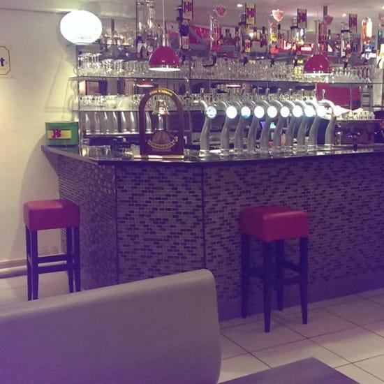 """, Restaurant : Patrick's Bar  - 12 becs pour les amateurs de """"mousse"""" -"""