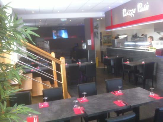 , Restaurant : Piu  - Salle de pizza Piu tulle -