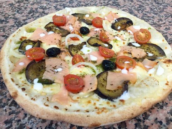 Pizza Johnny  - La Pizza de l'été -   © Pizza Johnny Fréjus