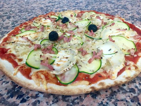 Pizza Johnny  - La Pizza du mois de septembre  : LA GRATINÉE -   © Pizza Johnny