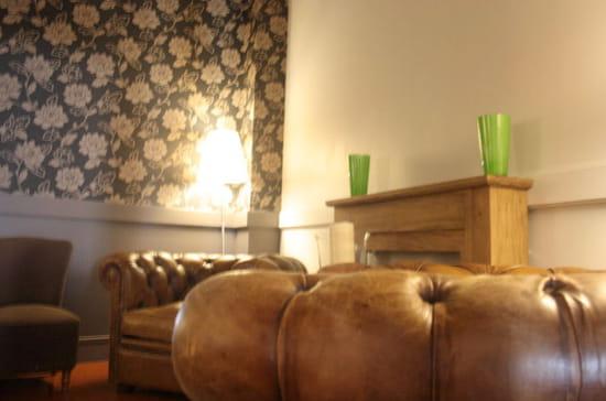 Pizza Wawa  - Salon/ lounge -