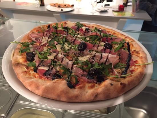 , Plat : Pizzarella