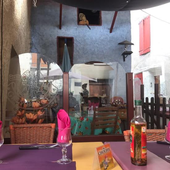 , Restaurant : Pizzeria du Chateau  - Endroit charmant accueillant correct au niveau qualité prix. N'hésitez pas si vous êtes de passage dans ce village pittoresque. -