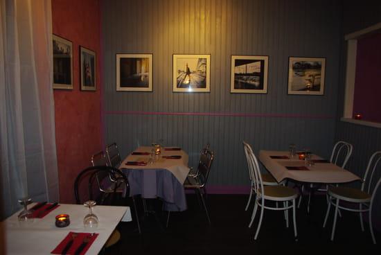 Pizzeria du Pradeau  - salle -   © anne-marie