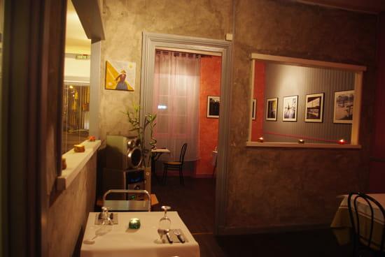Pizzeria du Pradeau  - salle1 et 2 -   © anne-marie