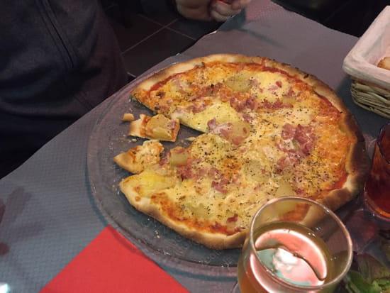 , Plat : Pizzéria La Gondole  - Pizza la pontepiscopienne, excellente !!!  -