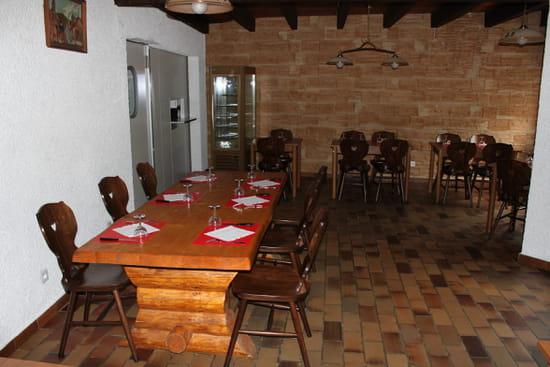Pyrénées Ski  - Salle restaurant -   © Pyrénées ski