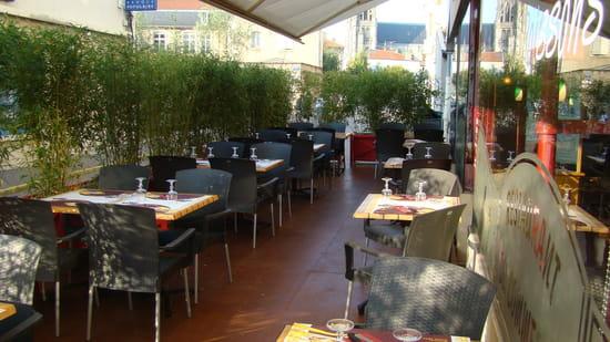 Restaurant Grande Brasserie du Commerce  - Notre Terrasse -   © J Durand