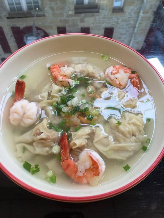 Restaurant Hà-Tién- Petite Diana  - Soupe 5 raviolis porc et crevettes -