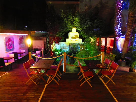 Restaurant L'Arôme - Jean-Jack Monti  - patio vue d'ensemble -