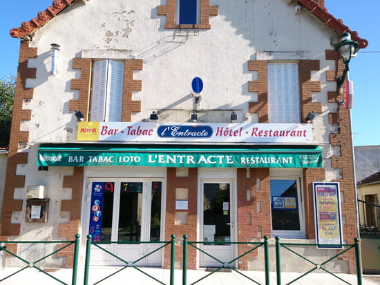 Restaurant L'Entracte (HOTEL, bar, tabac, jeux)