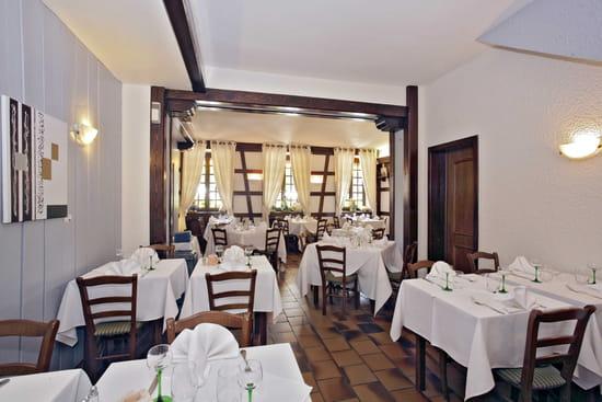 Restaurant l'Ours de Mutzig  - la salle principale du restaurant -   © walter bruno