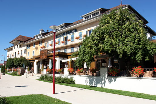 Restaurant Le Lac  - Facade de l'Hôtel-Restaurant Le Lac -
