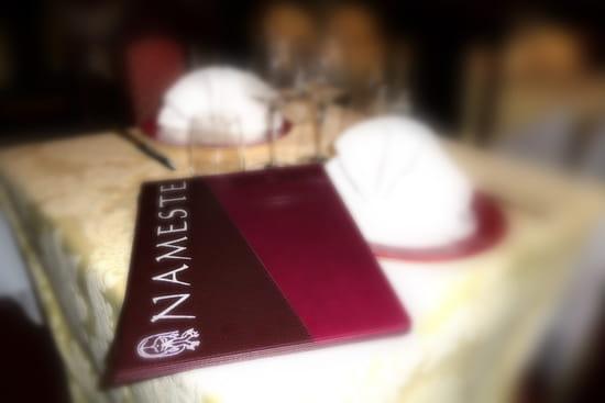 Restaurant Nameste  - Table Nameste -   © Piranha Com