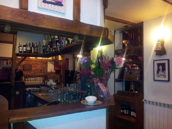 , Restaurant : Restaurant Val Nure  - Un hall agréable -