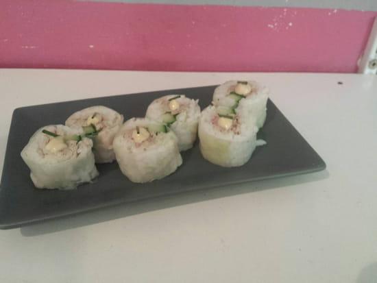 , Plat : Sushi Box 13  - Spring roll thon cuit -