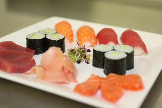 Sushi Sakura Craponne