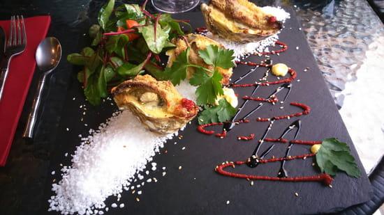 , Entrée : Terre et Mer  - Huîtres gratinées au foie gras -