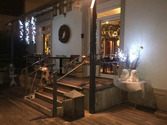 , Entrée : Un Café à la Campagne