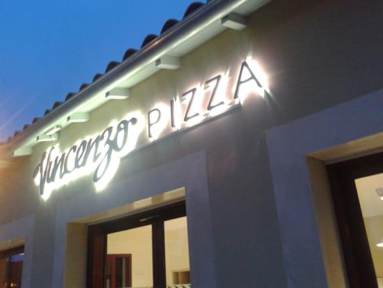 Vincenzo Pizza Chauray