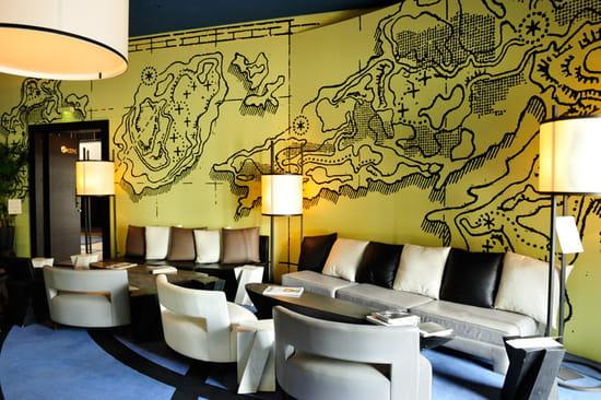 Zebra Square  - Le Lounge -   © Henri Comte