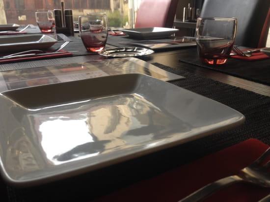 , Restaurant : Zesturban Restaurant